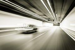 Абстрактное движение в тоннеле дороги шоссе, запачканная кудель скорости движения Стоковая Фотография RF