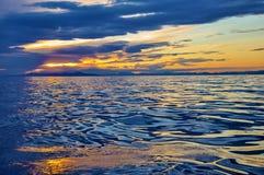 Абстрактное отражение неба в воде Стоковое фото RF