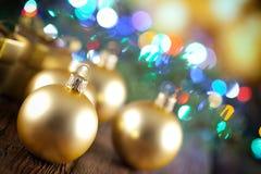 абстрактное рождество шариков предпосылки Стоковая Фотография RF