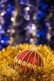 абстрактное рождество шариков предпосылки Стоковые Изображения RF