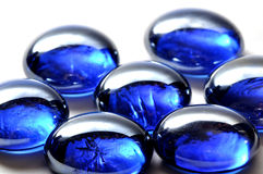 абстрактное синее стекло облицовывает белизну Стоковые Изображения