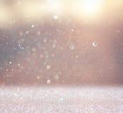 Абстрактное фото взрыва света и bokeh яркого блеска освещает запачкано и фильтровано изображение стоковое фото