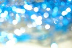Абстрактное яркое голубое волшебство запачкало предпосылку с влиянием bokeh Стоковое фото RF