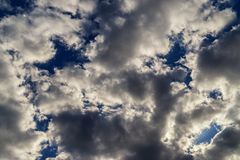 Абстрактное backround драматических облаков кумулюса Стоковые Фотографии RF