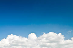 Абстрактные белые облака Стоковая Фотография