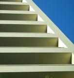 абстрактные шаги здания Стоковые Изображения