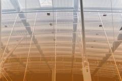 абстрактный поезд станции голубого коричневого цвета Стоковые Фотографии RF