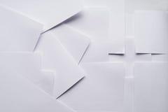 Абстрактный состав с листами бумаги офиса изображение энергии принципиальной схемы предпосылки стоковые изображения rf