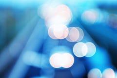 Абстрактный стиль - Defocused голубые света шоссе Стоковая Фотография