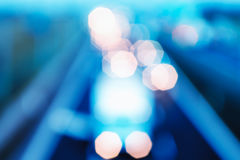Абстрактный стиль - Defocused голубые света шоссе Стоковое Изображение
