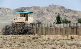 Аванпост Афганистана военный в середине пустыни стоковое изображение rf