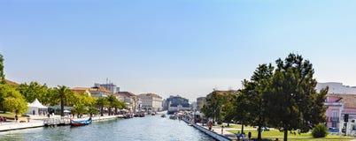 Авейру/Португалия 13-ое августа 2017: Wi канала Ria de Авейру главные Стоковое фото RF