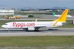 Авиакомпании Боинг 737-8AS TC-IZG Пегаса Стоковые Изображения RF