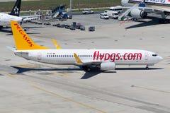 Авиакомпании Боинг 737-8AS TC-IZG Пегаса Стоковое Изображение