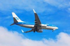 Авиакомпании Боинг 737 KLM королевские голландские Стоковое фото RF