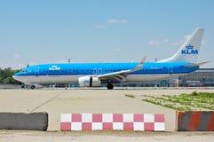 Авиакомпании Боинг 737 KLM королевские голландские Стоковое Фото