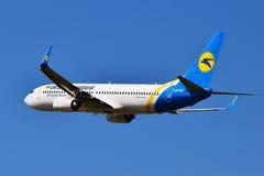 Авиакомпании международных перевозок Боинг 737 Украины Стоковые Фото