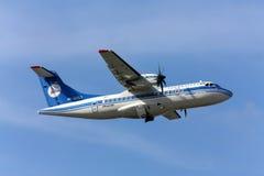 Авиакомпании AZAL самолета ATR42 Стоковые Изображения RF