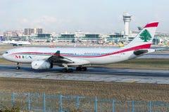 Авиакомпании OD-MEB Ближний Востока, аэробус A330-243 Стоковое Изображение RF
