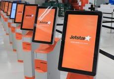 Авиакомпания Jetstar проверяет внутри Стоковое Фото