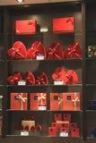 Авиапорт Амстердама Schiphol, Нидерланды - 14-ое апреля 2018: Магазин шоколада Leonidas Стоковые Фотографии RF