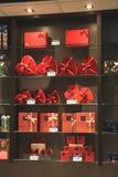 Авиапорт Амстердама Schiphol, Нидерланды - 14-ое апреля 2018: Магазин шоколада Leonidas Стоковая Фотография