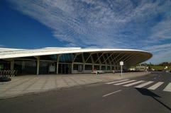 Авиапорт Бильбао, Испания: 14-ое апреля 2006: Современный авиапорт Бильбао Стоковое Изображение