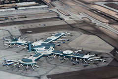 Авиапорт Лас-Вегас Mc Carran взгляда от вертолета стоковое фото rf