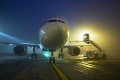 Авиапорт на ноче Стоковая Фотография