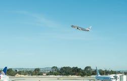 Авиапорт Сан Антонио - самолеты на пандусе Стоковая Фотография
