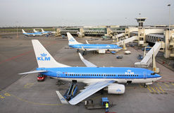 Авиапорт Schiphol Амстердама Самолет Нидерланды Стоковое Изображение RF