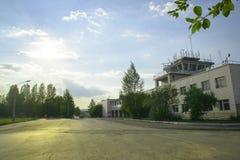 Авиапорт Uktus башни диспетчерского пункта Стоковая Фотография RF