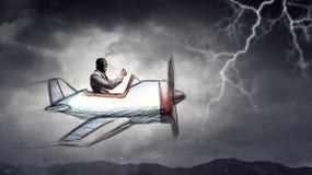 Авиатор в плоскости ретро  Мультимедиа Стоковая Фотография RF