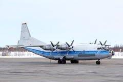 Авиация Antonov An-12B Kosmos Стоковые Изображения RF