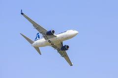 Авиалайнер TAROM Стоковое фото RF