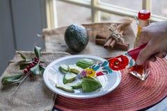 Авокадо вырезывания Стоковое Изображение
