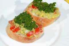 Авокадо, ciabatta, гуакамоле, томат, лимон, лук, чеснок Стоковое Фото