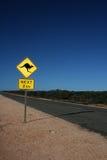 австралийский дорожный знак кенгуруа Стоковое фото RF