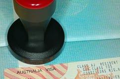 Австралийский инструмент визы и штемпелевать Стоковое фото RF