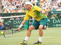 Австралийский теннисист Llayton Hewitt во время Davis Cup удваивает братьев Брайан стоковое изображение rf