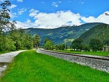 Австрийский след Альп-велосипеда до долина Zillertal Стоковое фото RF