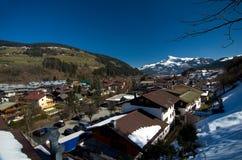 Австрия - рожок и Kirhberg Kitzbuheler Стоковое Изображение RF