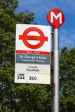 Автобусная остановка Лондона Стоковое Изображение RF