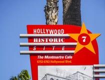 Автобусная остановка Лос-Анджелеса sightseeing - ЛОС-АНДЖЕЛЕС - КАЛИФОРНИЯ - 20-ое апреля 2017 стоковые изображения rf