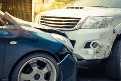 Автокатастрофа от автомобильной катастрофы на дороге Стоковое Изображение RF
