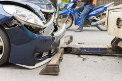 Автокатастрофа от автомобильной катастрофы на дороге Стоковое фото RF