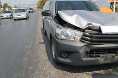 Автокатастрофа от автомобильной катастрофы на дороге Стоковое Изображение