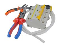 Автоматический автомат защити цепи и инструменты изолированные на белизне Стоковое Изображение RF