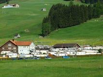 Автоматический лагерь на Jakobsbad - кантон Appenzell Ausserrhoden стоковое изображение rf