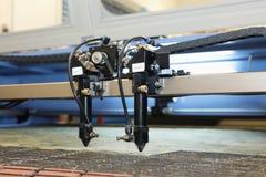 Автомат для резки лазера вещество, подготовка частей для шить одежд Стоковые Изображения